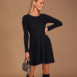 Black Ribbed Long Sleeve Fit and Flare Drss
